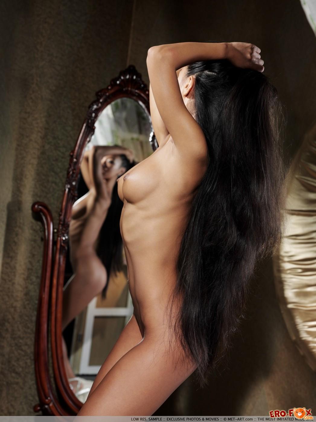 Long Hair Girls Nude