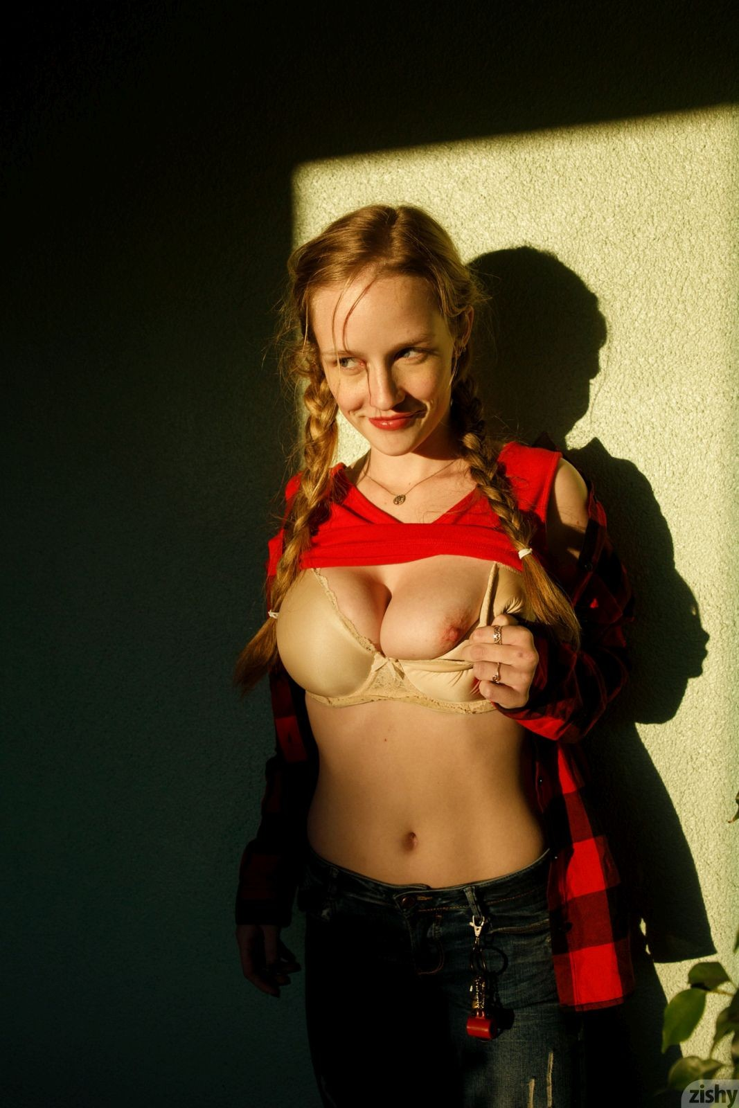 Grace van patten tits